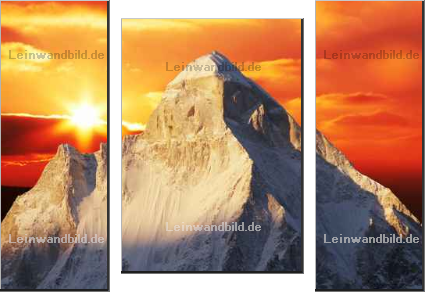 Leinwandbild - Galyna Andrushko : Sunset in Himalayan mountain